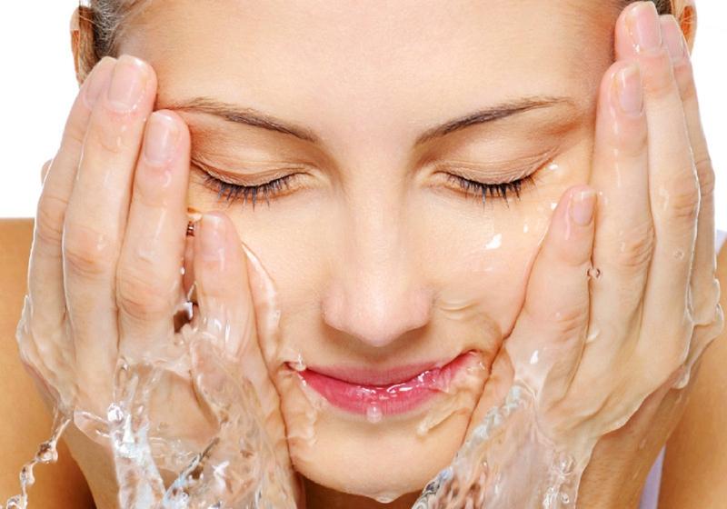 شستن صورت بعد از تزریق ژل
